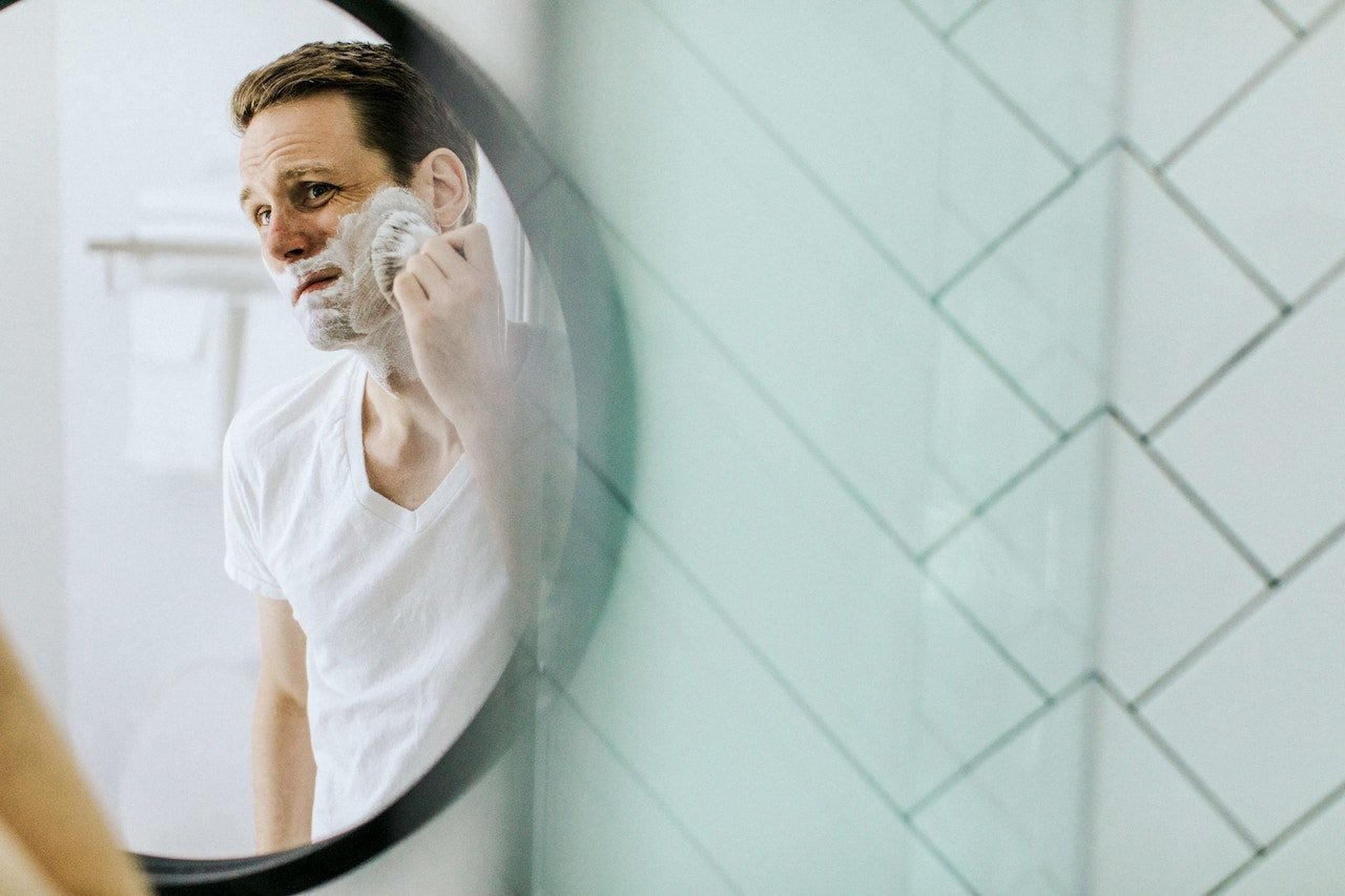 Singapore Dermatologist Best Tips for a Smooth Shave
